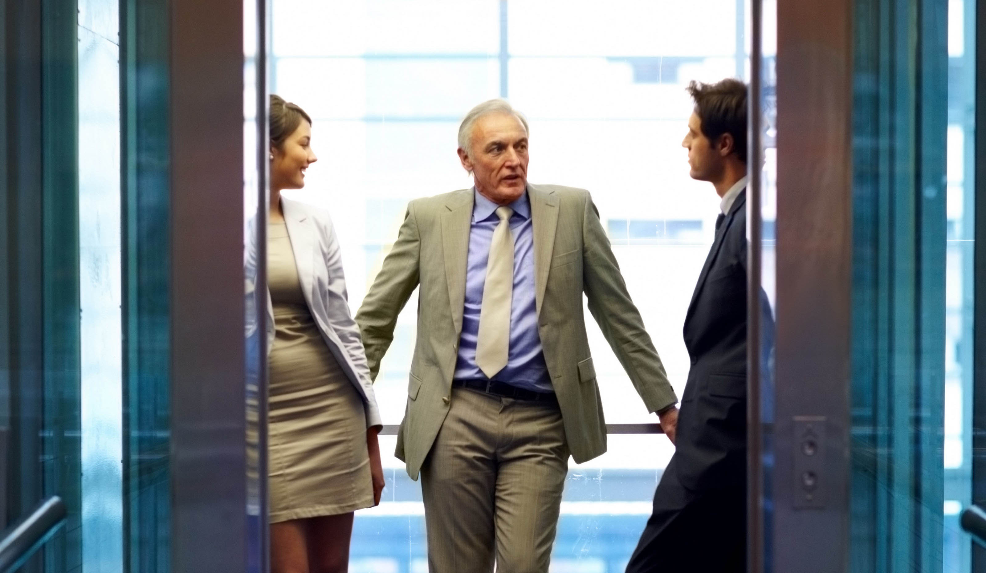 Elevator Pitch - Man With Team