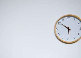 wall clock - benefits of online timesheets